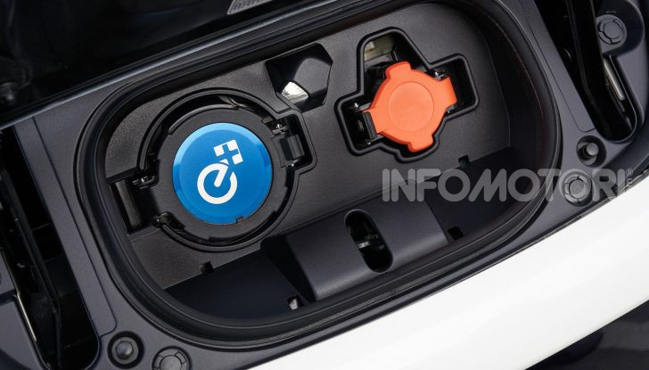 Nissan Leaf 3.Zero, nuova versione da 42.080€ - Foto 6 di 16
