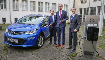Opel diventa elettrica con il piano PACE!