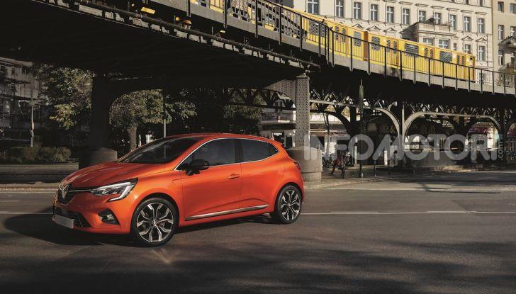 Nuova Renault Clio 2020, la prova su strada della quinta generazione - Foto 16 di 20