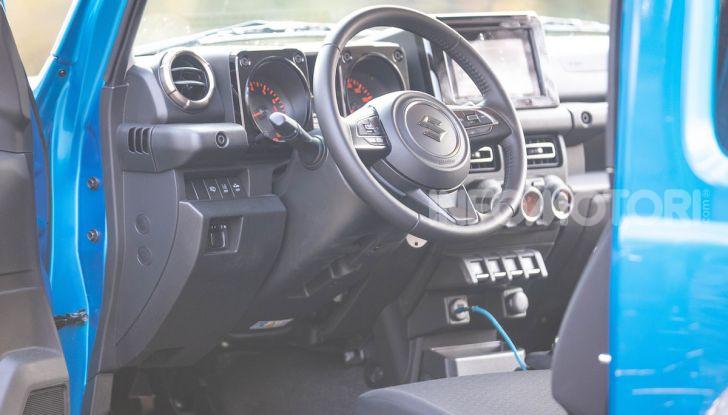 Prova Suzuki Jimny: 8 motivi per cui sarà un grande successo - Foto 24 di 43