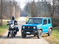 Suzuki Jimny VS V-Strom 1000 XT: il DNA dell'avventura