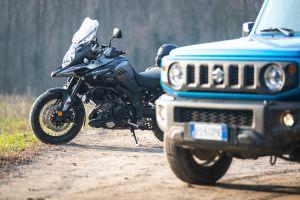 Suzuki JIMNY e Suzuki V-Strom 1000 XT: Il DNA dell'avventura