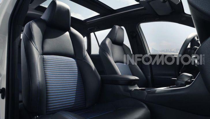 Prova Toyota RAV4 Hybrid 2019: il SUV ecologico per andare ovunque - Foto 58 di 64