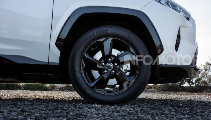Toyota RAV4: arriva la versione tuning firmata Kuhl Racing - Foto 60 di 64