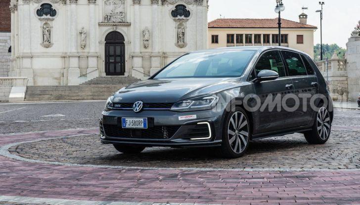 Volkswagen Golf GTE: prova su strada dell'ibrido plug-in da 204CV - Foto 1 di 33