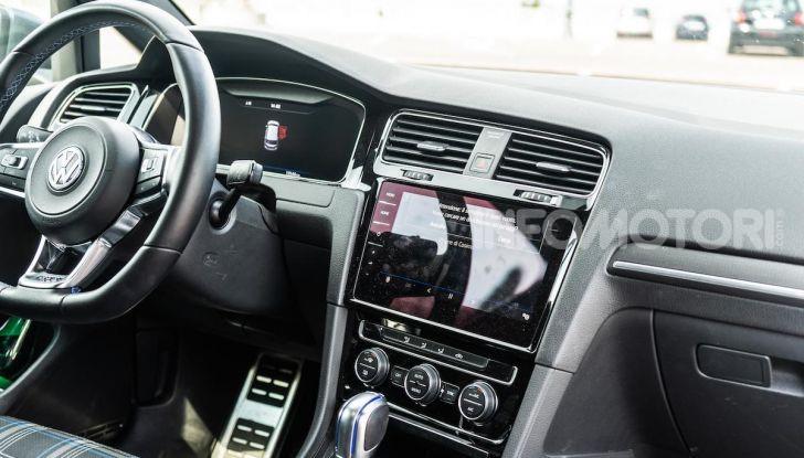Volkswagen Golf GTE: prova su strada dell'ibrido plug-in da 204CV - Foto 11 di 33