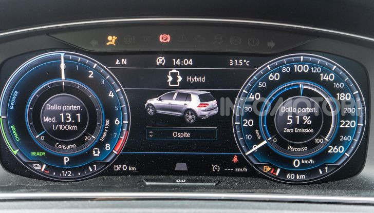 Volkswagen Golf GTE: prova su strada dell'ibrido plug-in da 204CV - Foto 19 di 33