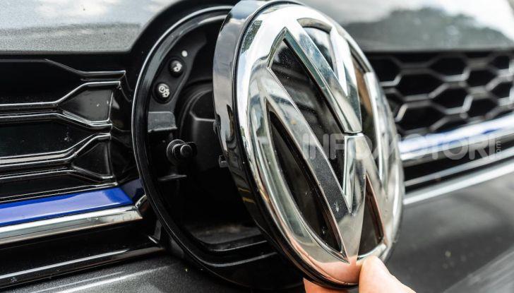 Volkswagen Golf GTE: prova su strada dell'ibrido plug-in da 204CV - Foto 23 di 33