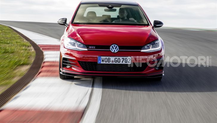 Volkswagen Golf GTI TCR, dal motorsport alla strada - Foto 7 di 15