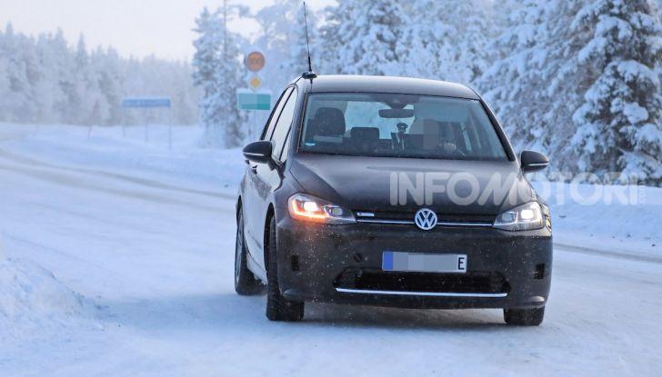 Volkswagen Golf Sportsvan 2020 elettrica, informazioni e dettagli - Foto 2 di 11