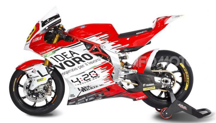 MV Agusta pronta all'esame Moto2. In sella Dominique Aegerter e Stefano Manzi - Foto 3 di 16