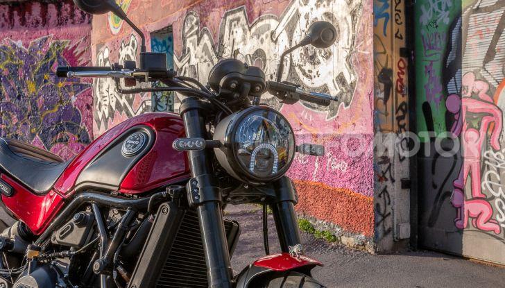 Benelli Leoncino Trail 500 ABS 2019: caratteristiche, opinioni e prezzo di un'icona senza tempo - Foto 25 di 40