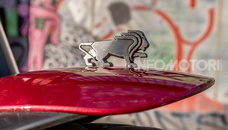 Benelli Leoncino Trail 500 ABS 2019: caratteristiche, opinioni e prezzo di un'icona senza tempo - Foto 29 di 40
