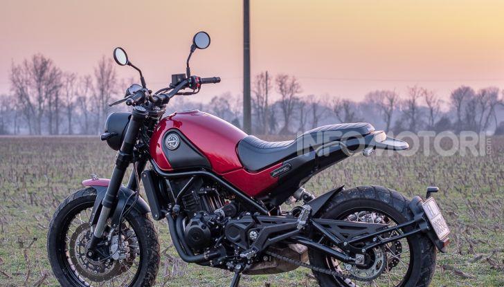 Benelli Leoncino Trail 500 ABS 2019: caratteristiche, opinioni e prezzo di un'icona senza tempo - Foto 2 di 40