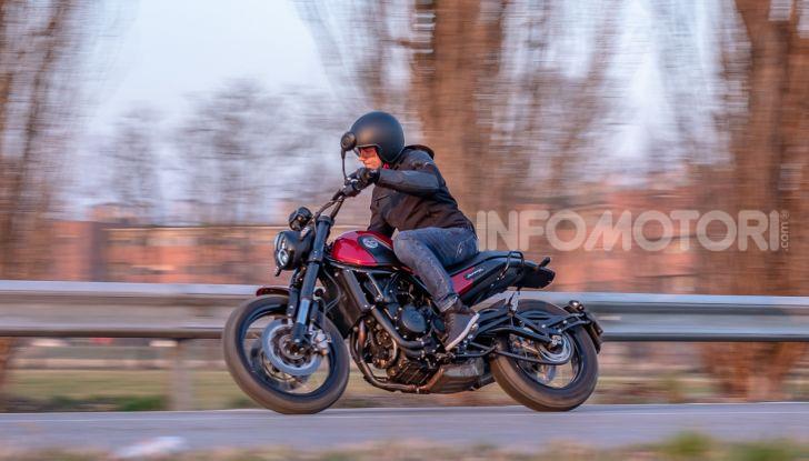 Benelli Leoncino Trail 500 ABS 2019: caratteristiche, opinioni e prezzo di un'icona senza tempo - Foto 16 di 40