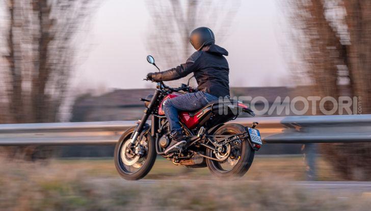 Benelli Leoncino Trail 500 ABS 2019: caratteristiche, opinioni e prezzo di un'icona senza tempo - Foto 17 di 40