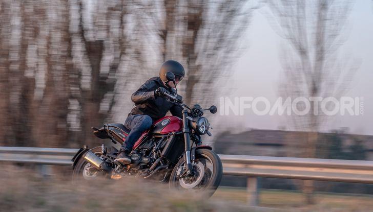 Benelli Leoncino Trail 500 ABS 2019: caratteristiche, opinioni e prezzo di un'icona senza tempo - Foto 18 di 40