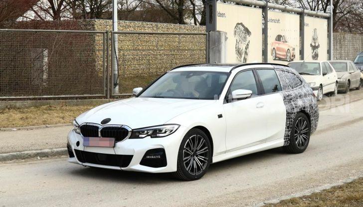 BMW Serie 3 Touring 2019: nuovo corso per la wagon tedesca - Foto 3 di 29
