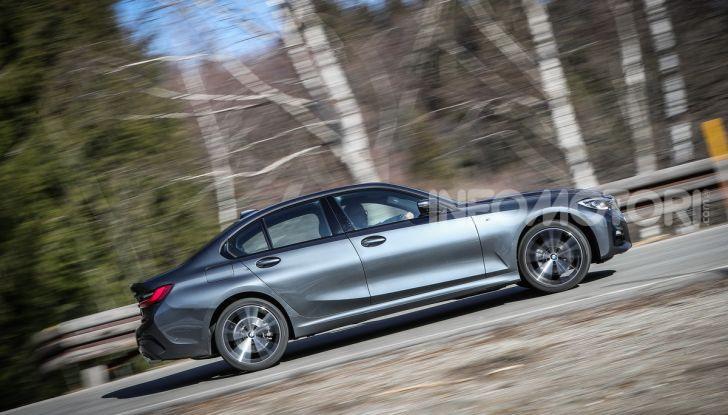 Nuova BMW Serie 3 2019, prova in anteprima, caratteristiche e prezzi - Foto 6 di 38