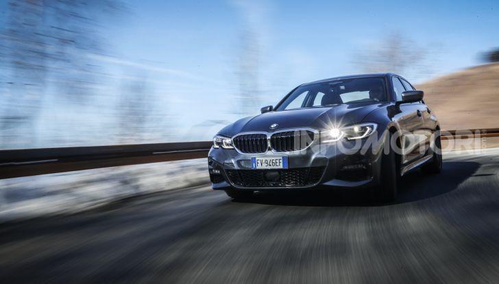 Nuova BMW Serie 3 2019, prova in anteprima, caratteristiche e prezzi - Foto 8 di 38