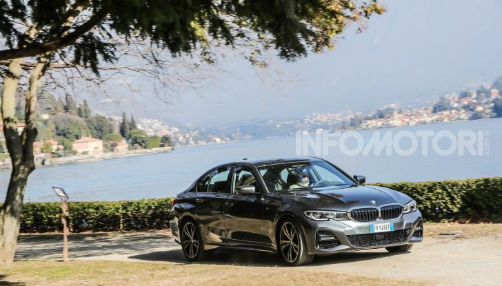 Nuova BMW Serie 3 2019, prova in anteprima, caratteristiche e prezzi - Foto 1 di 38