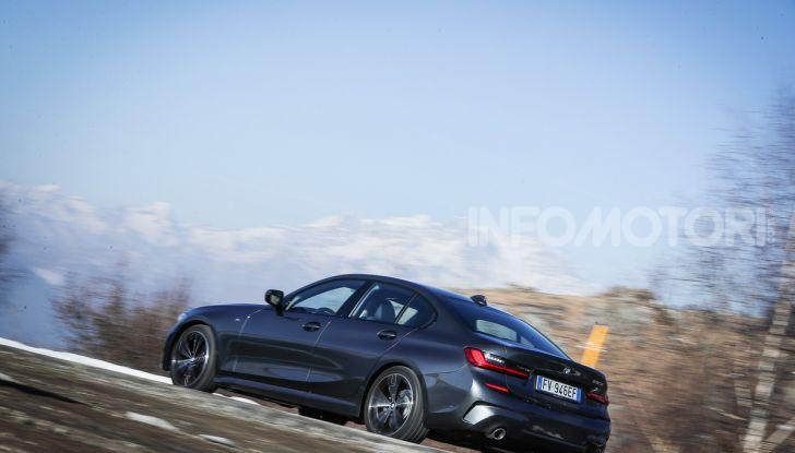 Nuova BMW Serie 3 2019, prova in anteprima, caratteristiche e prezzi - Foto 10 di 38