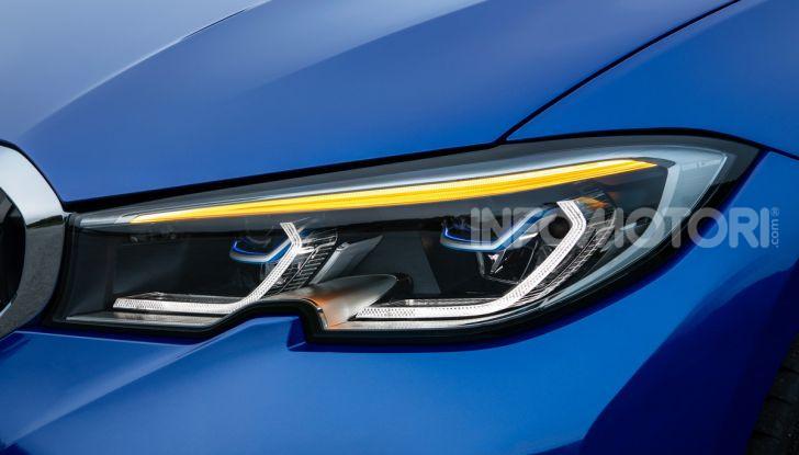 Nuova BMW Serie 3 2019, prova in anteprima, caratteristiche e prezzi - Foto 12 di 38