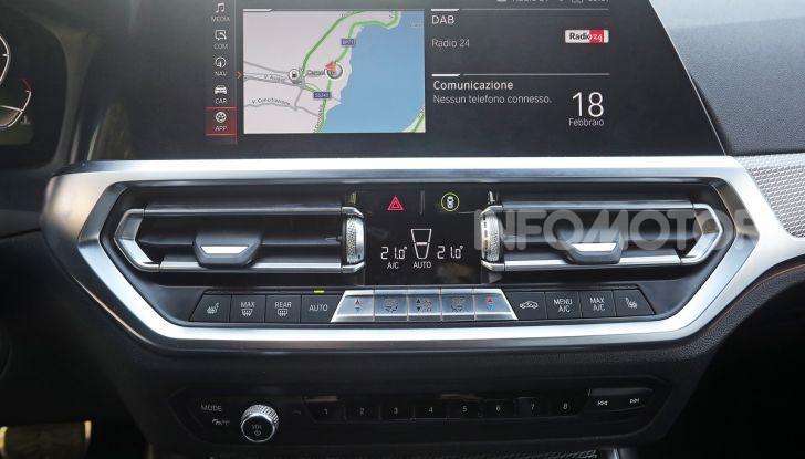 Nuova BMW Serie 3 2019, prova in anteprima, caratteristiche e prezzi - Foto 24 di 38