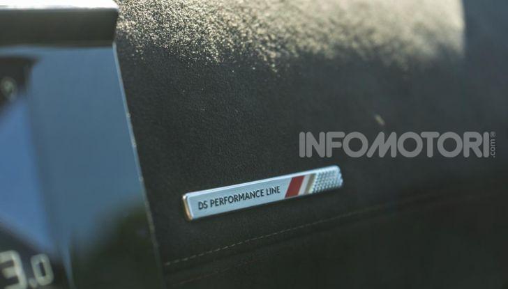 Prova su strada DS 7 Crossback: caratteristiche, opinioni, motori e prezzi - Foto 13 di 33