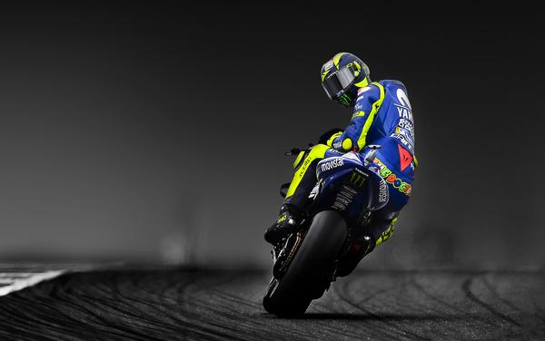 Dainese Riding Master: un giorno in pista con Valentino Rossi - Foto 1 di 10