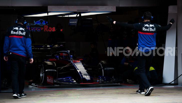 Formula 1 2019 Test Barcellona – giorno 3: si vedono i big ma svetta Kvyat - Foto 15 di 103