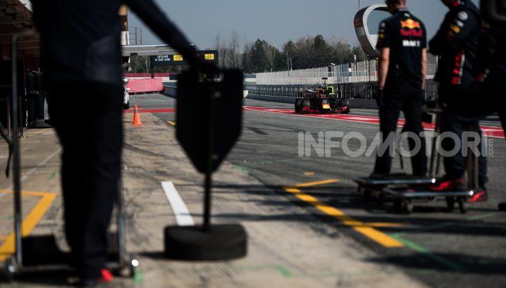 Formula 1 Test Barcellona – giorno 4: davanti la Renault di Hulkenberg - Foto 13 di 81