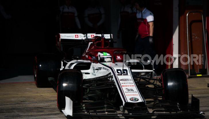 Formula 1 Test Barcellona – giorno 4: davanti la Renault di Hulkenberg - Foto 17 di 81