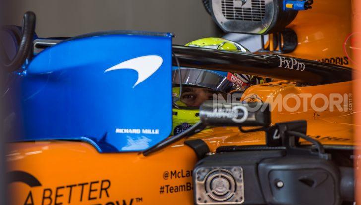 Formula 1 Test Barcellona – giorno 4: davanti la Renault di Hulkenberg - Foto 18 di 81