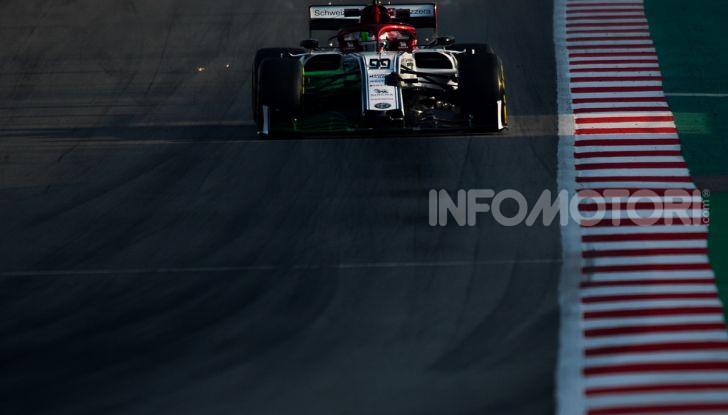 Formula 1 Test Barcellona – giorno 4: davanti la Renault di Hulkenberg - Foto 33 di 81