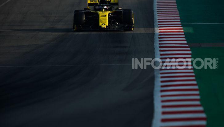 Formula 1 Test Barcellona – giorno 4: davanti la Renault di Hulkenberg - Foto 35 di 81