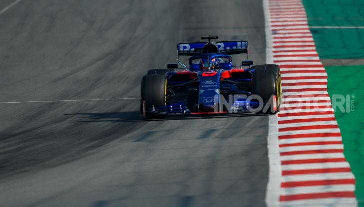 Formula 1 Test Barcellona – giorno 4: davanti la Renault di Hulkenberg - Foto 47 di 81