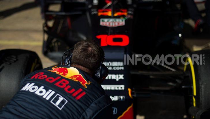 Formula 1 Test Barcellona – giorno 4: davanti la Renault di Hulkenberg - Foto 54 di 81