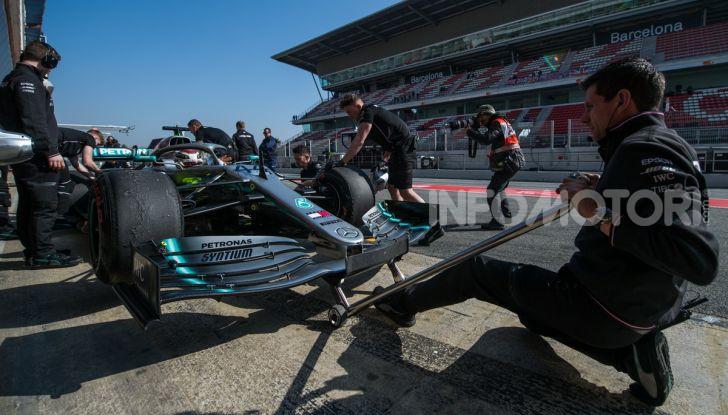 Formula 1 Test Barcellona – giorno 4: davanti la Renault di Hulkenberg - Foto 56 di 81