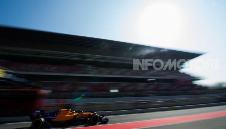 Formula 1 Test Barcellona – giorno 4: davanti la Renault di Hulkenberg - Foto 57 di 81