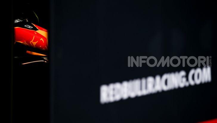 Formula 1 Test Barcellona – giorno 4: davanti la Renault di Hulkenberg - Foto 77 di 81