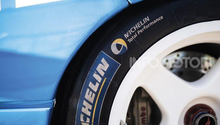 Ferrari F40 LM: icona delle 24 Ore di Le Mans all'asta - Foto 30 di 46