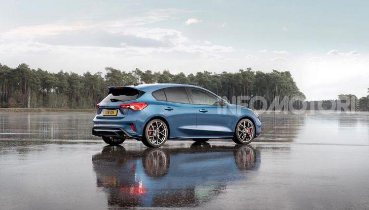 Ford Focus ST: la nuova berlina dall'animo sportivo - Foto 1 di 13
