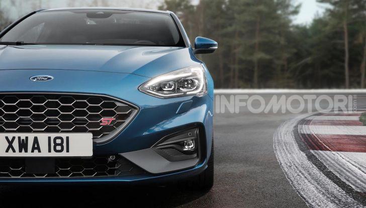 Ford Focus ST: la nuova berlina dall'animo sportivo - Foto 11 di 13