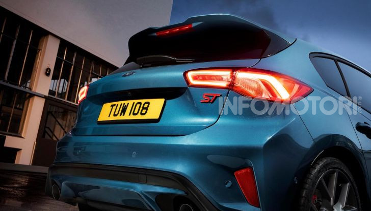 Ford Focus ST: la nuova berlina dall'animo sportivo - Foto 2 di 13