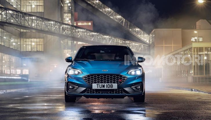 Ford Focus ST: la nuova berlina dall'animo sportivo - Foto 3 di 13