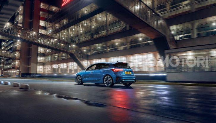 Ford Focus ST: la nuova berlina dall'animo sportivo - Foto 8 di 13
