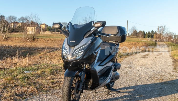 Honda Forza 300 design
