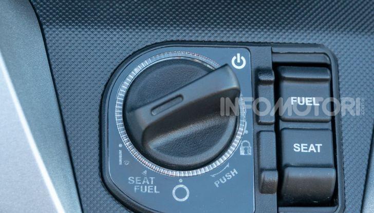 Prova Honda Forza 300, caratteristiche, opinioni e prezzo di uno dei migliori media cilindrata - Foto 7 di 55