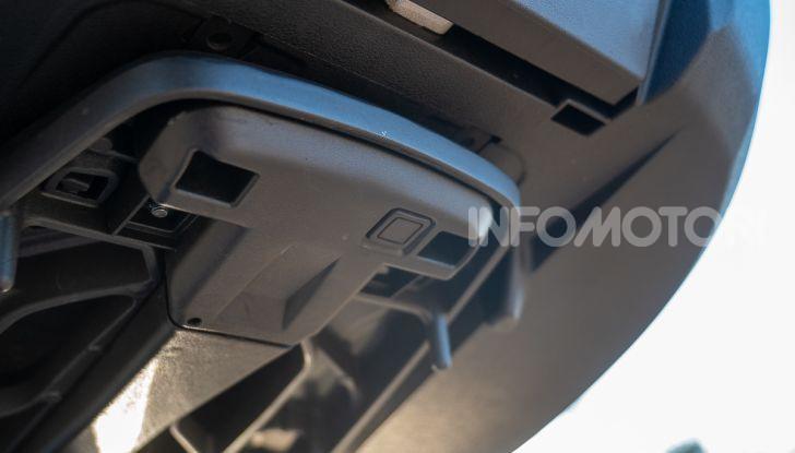 Prova Honda Forza 300, caratteristiche, opinioni e prezzo di uno dei migliori media cilindrata - Foto 18 di 55